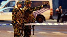 Бельгийские военные на месте взрыва на Центральном вокзале Брюсселя. 20.06.2017