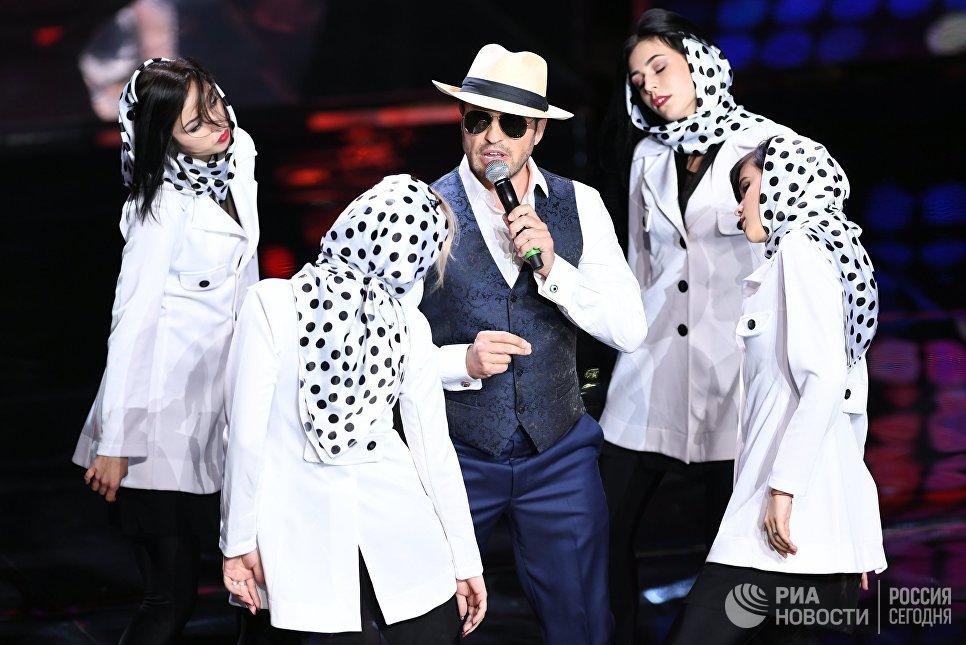 Шоумен Александр Ревва на церемонии открытия 39-го Московского международного кинофестиваля в Москве