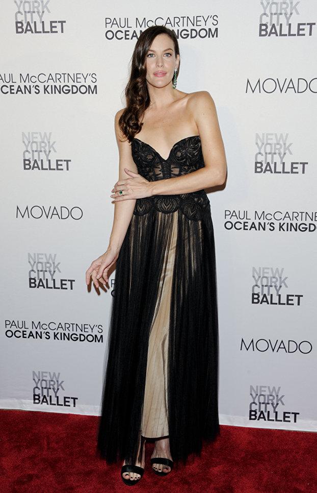 Американская актриса Лив Тайлер на Ballet's gala opening night  Нью-Йорке. 2011