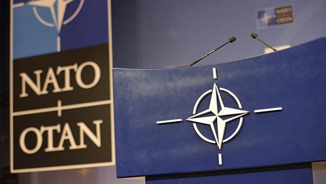 Дверь в НАТО для Украины открыта, заявил Столтенберг