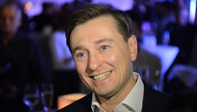 """Мат на сцене возможен как элемент """"шок-терапии"""", заявил Безруков"""
