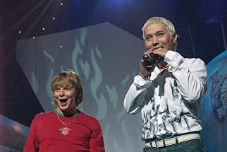 Солисты группы Иванушки International Андрей Григорьев-Апполонов и Олег Яковлев во время выступления