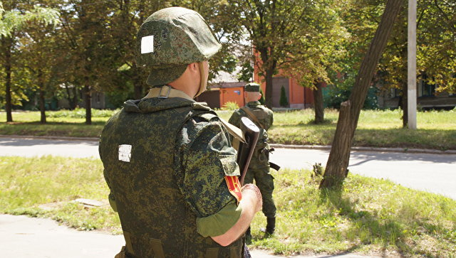 Неизвестные пытались заложить неизвестное устройство под газовую трубу жилого дома в Луганске