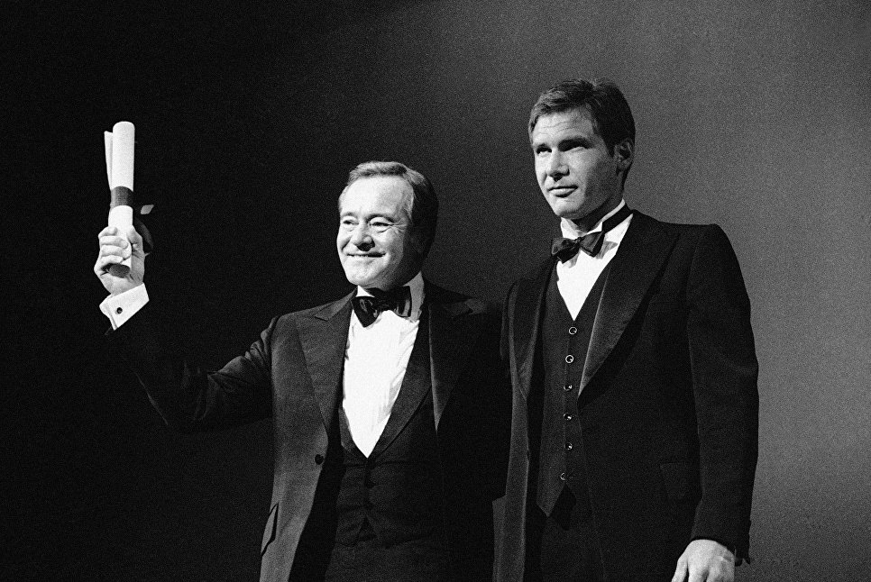 Актеры Харрисон Форд и Джек Леммон на 35-м Каннском кинофестивале. 26 мая 1982 года