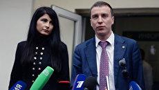 Ева Меркачева и Иван Мельников после заседания по рассмотрению вопроса об изменении меры пресечения Антону Мамаеву
