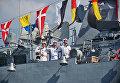 Военнослужащие ВМФ РФ на корабле Черноморского флота во время генеральной репетиции парада кораблей ко Дню ВМФ в Севастополе