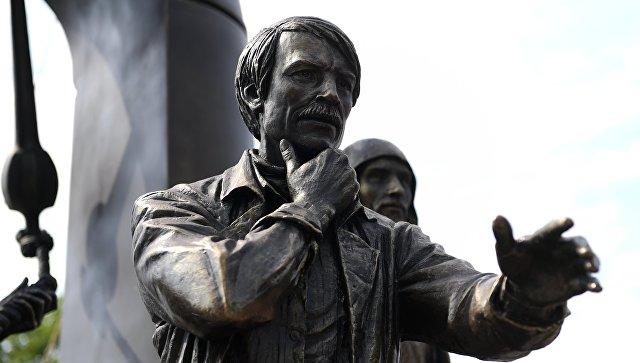 Открытие памятника Андрею Тарковскому в Суздале