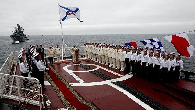 Повсей Российской Федерации  проходят парады вчесть Дня ВМФ