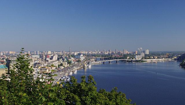 В Киеве мужчина открыл огонь по подросткам, сообщили очевидцы