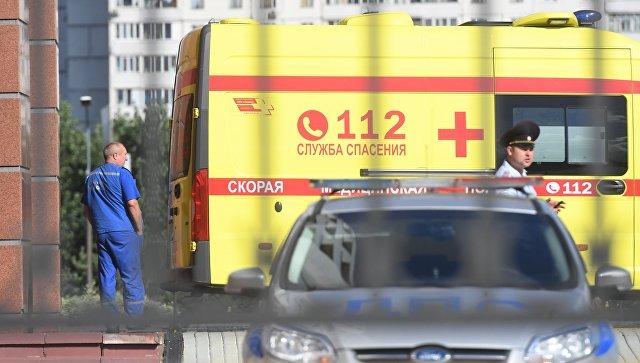 Автомобиль скорой медицинской помощи у здания Московского областного суда. Архивное фото