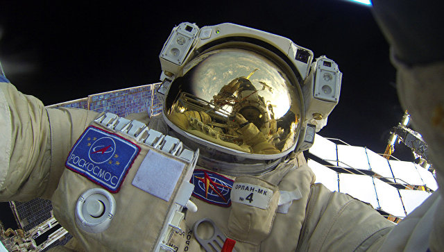 Выход в открытый космос российских космонавтов. 3 февраля 2016