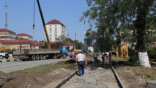 Благоустройство улицы в Грозном. Архивное фото