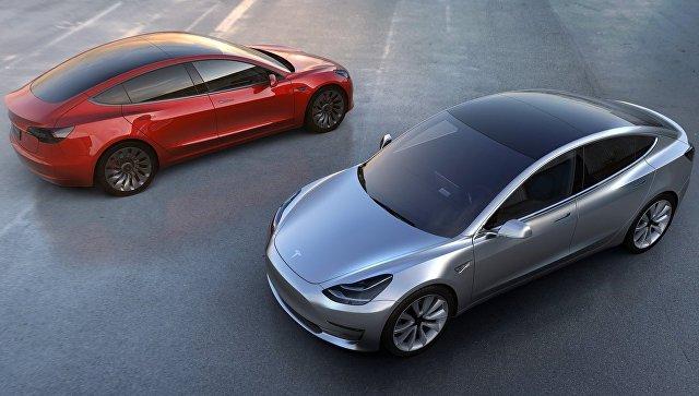 Путин неисключил покупку электромобиля Tesla