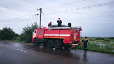 Сотрудники МЧС в подтопленных районах Приморского края. Архивное фото