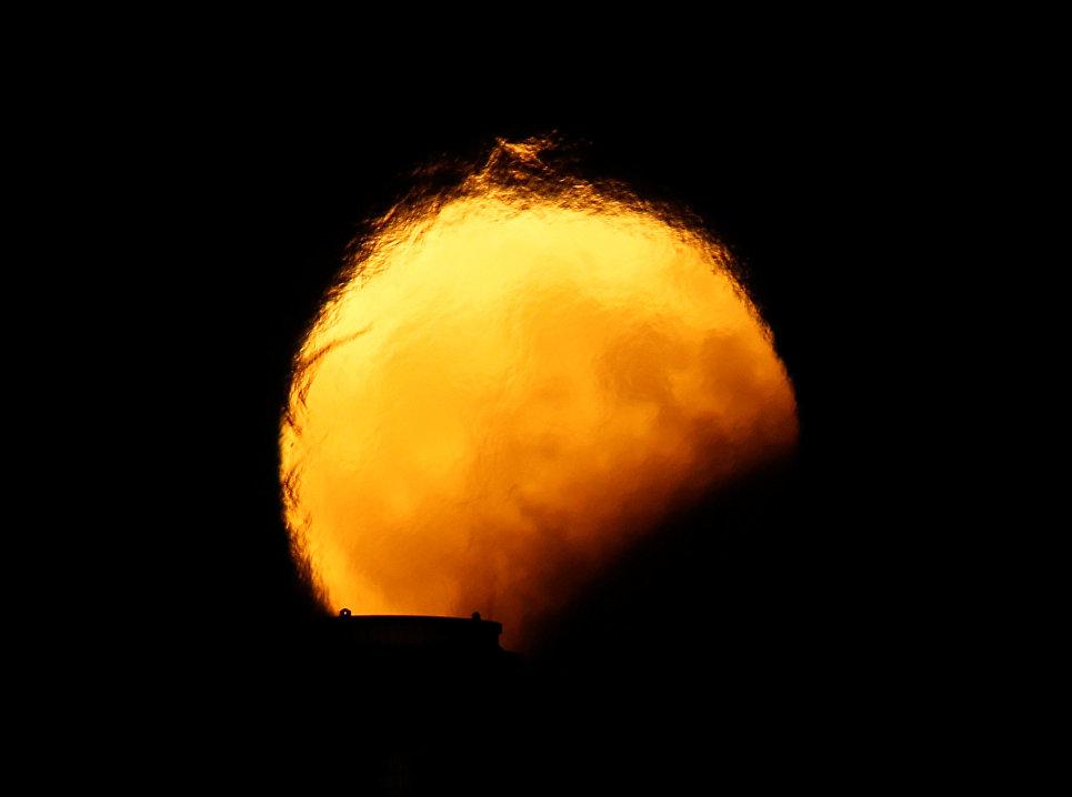 Частичное лунное затмение над Делимарой, Мальта