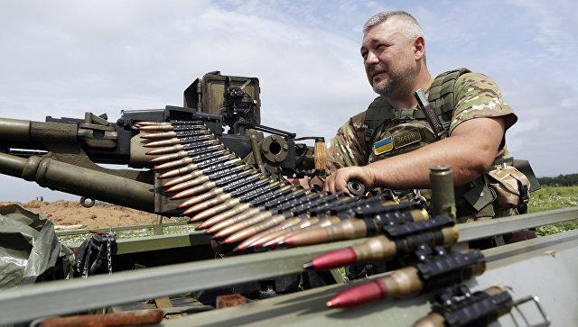 Солдат ВСУ возле села Крымское, Луганская область