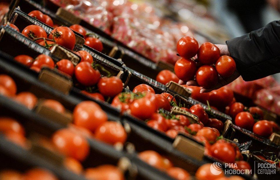 Все свое: Россия резко снизила импорт сахара, молока и мяса