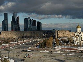 Вид  на Кутузовский проспект в Москве. Архивное фото