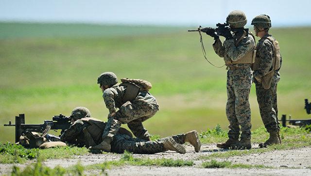 Морпехи США во время военных учений. Архивное фото