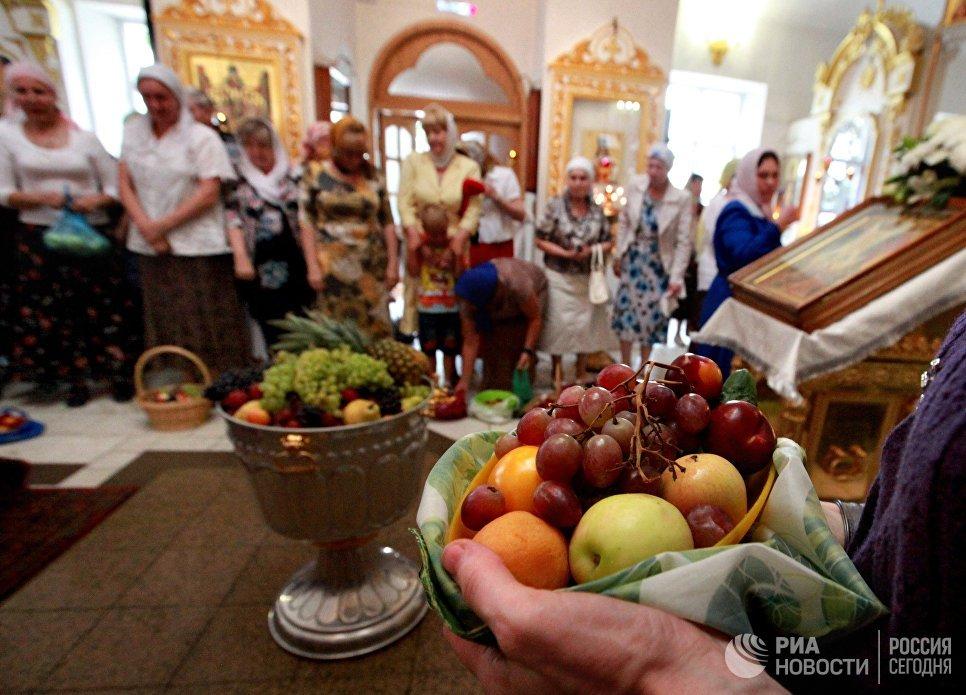 Яблочный Спас 2018 — 19 августа, большой церковный праздник: что нельзя делать, история, традиции, приметы этого дня