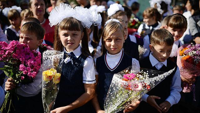Москвичи смогут помочь детям из малообеспеченных семей в подготовке к школе