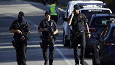 Полицейские в Барселоне. Архивное фото