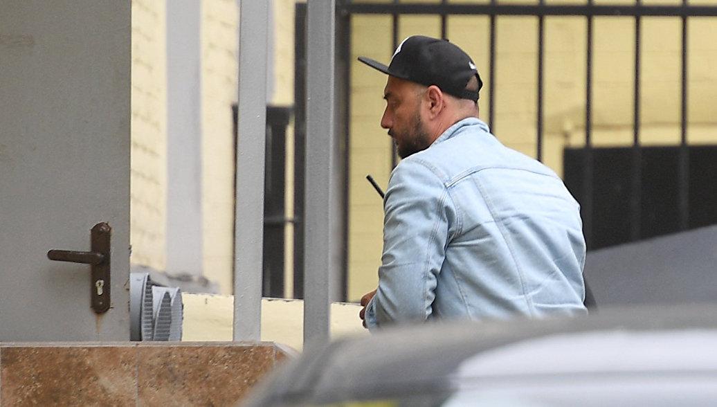 Серебренников отказался от дачи показаний, заявили следователи