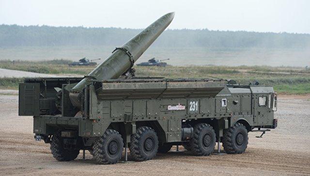 Оперативно-тактический ракетный комплекс Искандер. Архивное фото