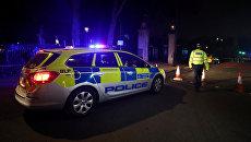 Место нападения неизвестного мужчины на двух полицейских у Букингемского дворца в Лондоне. 26 августа 2017