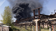 Пожар на химзаводе Наирит в Ереване, Армения. Архивное фото