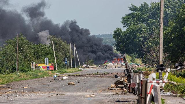 В Донецке при обстреле со стороны силовиков ранен мирный житель