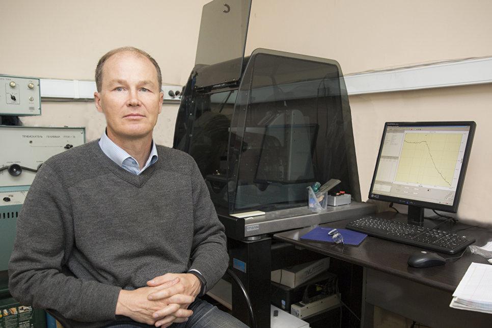 Российские ученые испытали новый материал для нейрокомпьютеров
