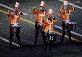 Группа барабанщиц Ереванские барабаны на торжественной церемонии закрытия X Международного военно-музыкального фестиваля Спасская башня в Москве