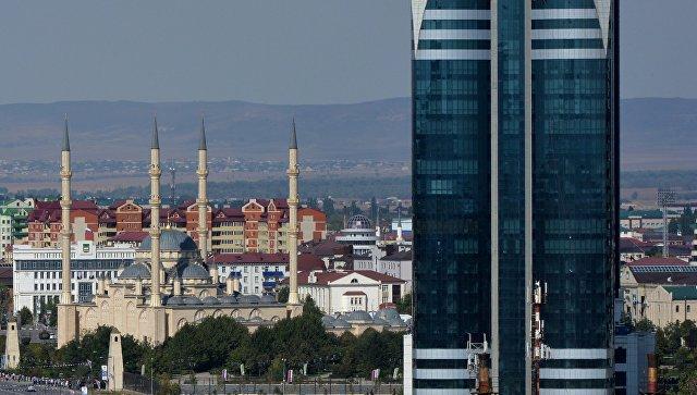 """В Грозном эвакуировали мэрию и бизнес-центр после звонков о """"минировании"""""""