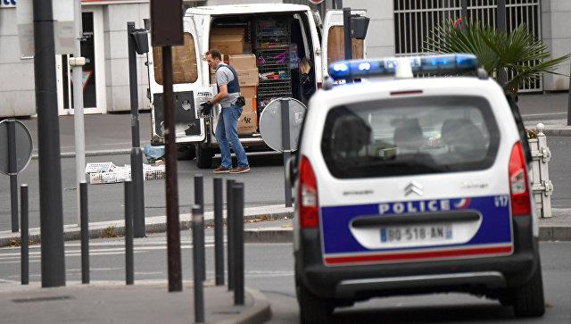 Автомобиль французских полицейских. Архивное фото