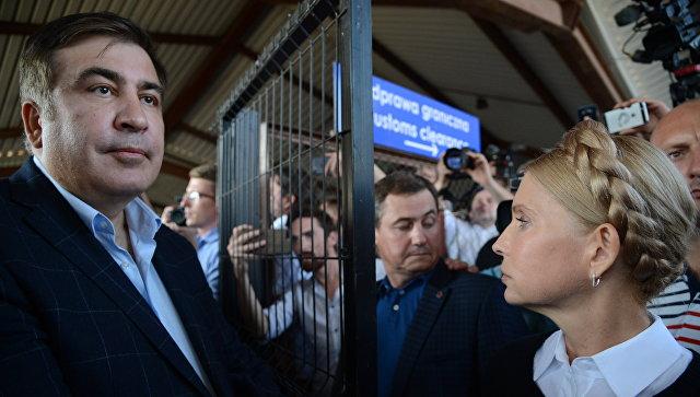 """Саакашвили пообещал вернуться в Киев, чтобы """"срочно спасать"""" город"""