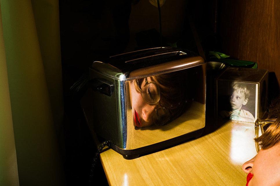 Работа фотографа из Мексики Tania Franco Klein Our Life in the Shadows в категории Свободный выбор/концептуальная фотография, вошедшая в шорт-лист Felix Schoeller Photo Award 2017