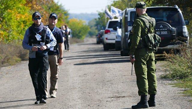 Силовики с августа 13 раз обстреливали посты СЦКК в Донбассе, заявили в ДНР