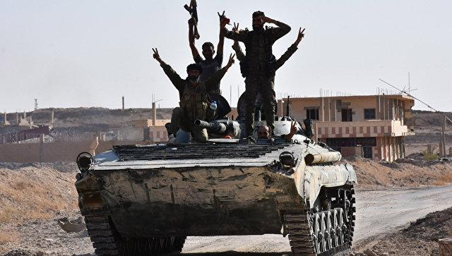 Сирийская армия в Дейр-эз-Зоре. Архивное фото