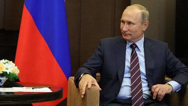 Президент РФ Владимир Путин во время встречи с председателем Совета министров Ливана Саадом Харири. 13 сентября 2017