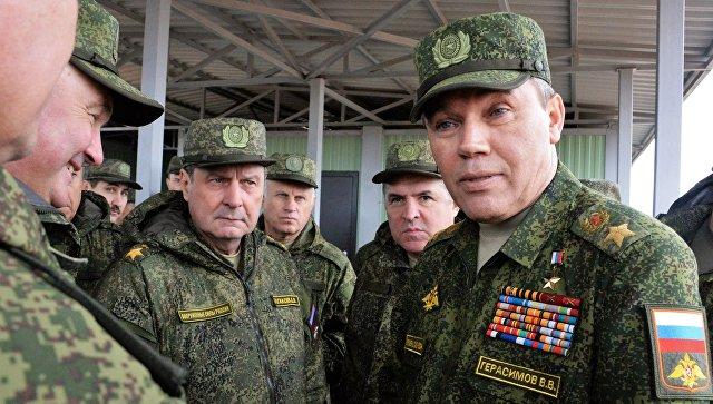 Начальник Генштаба Вооруженных сил РФ Валерий Герасимов во время учений Запад-2017 в Ленинградской области. 14 сентября 2017