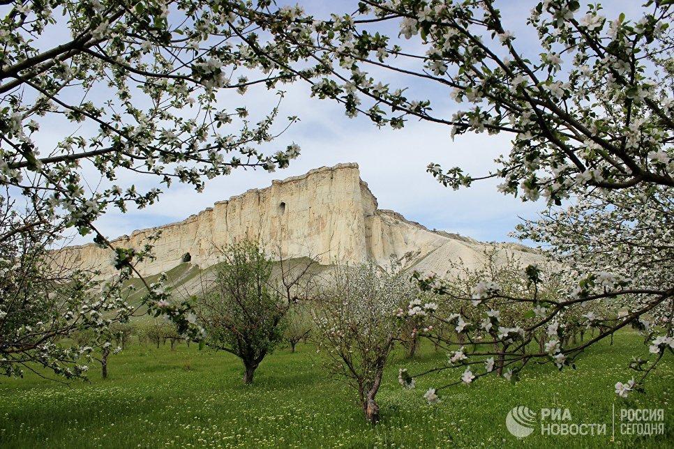 Белая скала в Белогорском районе Крыма