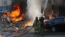 Пожарные тушат горящее десятиэтажное здание в центре Ростова-на-Дону. 21 сентября 2017