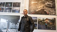 Фотокорреспондент МИА Россия сегодня Валерий Мельников представил свою серию работ Черные Дни Украины на открытии выставки World Press Photo в Санкт-Петербурге