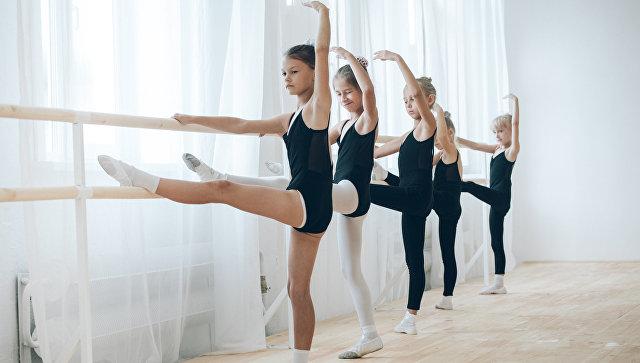 Ученицы школы русского балета в Благовещенске