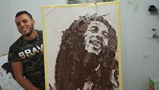 Кофейный Марли и угольный Мандела – необычные картины художника из Алжира