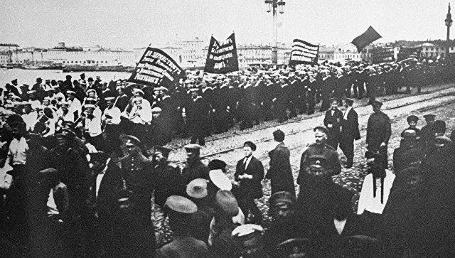 Зюганов отметил роль революции 1917 года в победе в Великой Отечественной