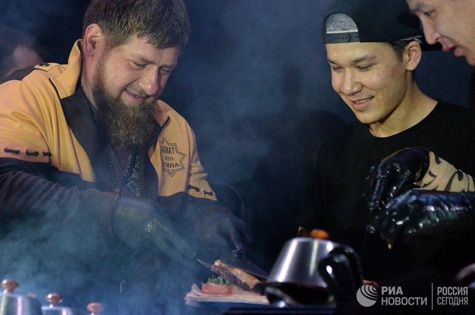 Глава Чеченской Республики Рамзан Кадыров на открытии кафе сети Black Star Burger в Грозном