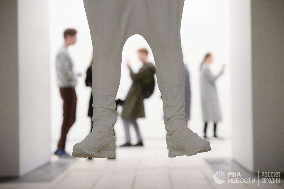 Экспозиция выставки Даниэля Аршама Архитектура в движении в павильоне Карелия на ВДНХ. 29 сентября 2017