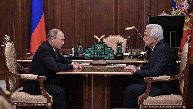 "Путин назвал Васильева ""политическим тяжеловесом"", который нужен Дагестану"